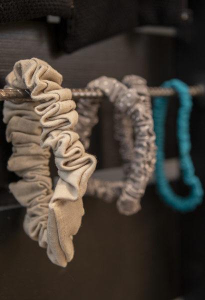 Chouchou - en tissu, différentes couleurs et grandeurs